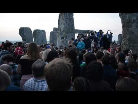 DAWN AT STONEHENGE (inside the stones), SOLSTACE 2017 Mp3