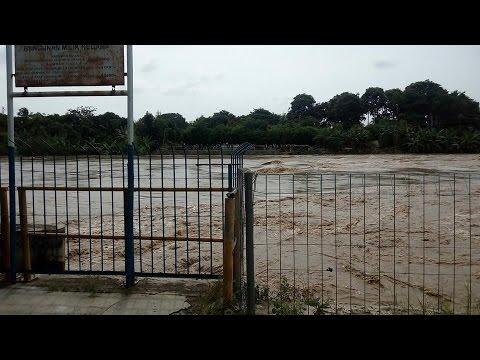 Indramayu banjir jan 2017 dikarenakan kali cimanuk meluap