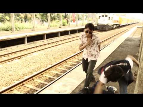 Minority Miracle   Aroma Nafas (Official  Music Video)