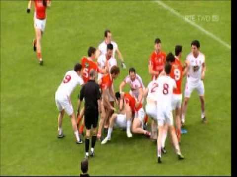 Sean Cavanagh gets clocked in Tyrone v Armagh game