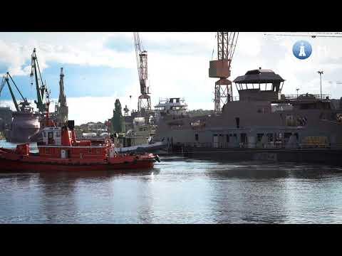 Wodowanie elektrycznego promu w stoczni Remontowa Shipbuilding
