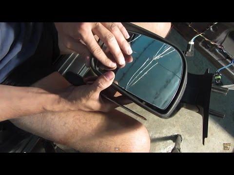 Замена зеркального элемента на наружном зеркале заднего вида Калины, Гранты и Приоры