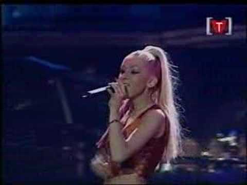 Christina Aguilera - Love For All Seasons (Vancouver 071900) mp3