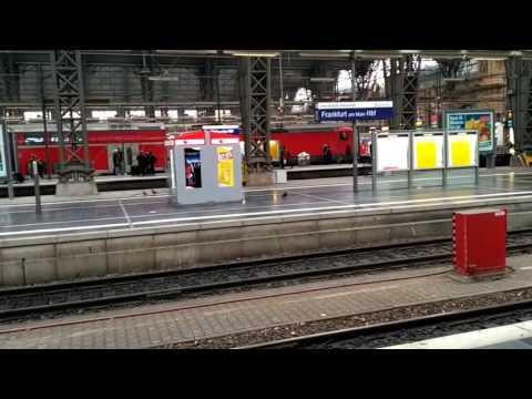 Frankfurt Walking around city and Frankfurt Main station - Dec 2016