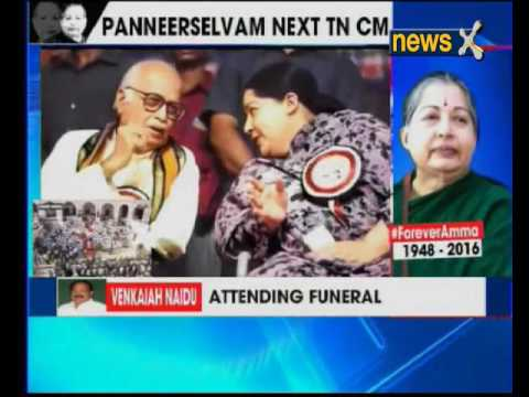 People pay their last respects to Jayalalithaa at Rajaji Hall