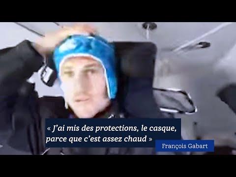 «J'ai mis des protections, le casque, parce que c'est assez chaud». François Gabart en haute mer.