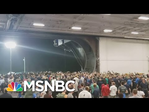 Sailors Give Send Off To Navy Captain Who Raised Coronavirus Alarm | Hallie Jackson | MSNBC