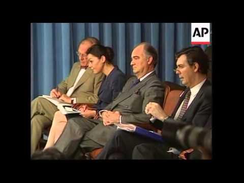 USA: WASHINGTON: FRENCH DEFENCE MINISTER ALAIN RICHARD VISIT