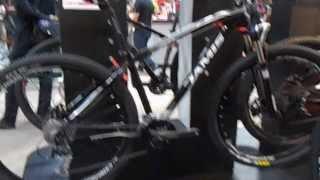 Jamis Dakota D29 Sport Mountain Bicycle 2014