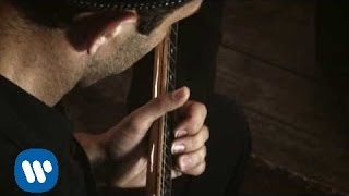 Vinicio Capossela - Abbandonato (Los ejes de mi carreta) (Official Video)