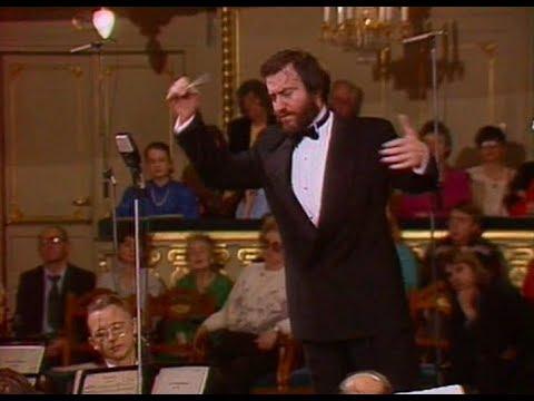 Valery Gergiev conducts Rachmaninoff Symphony no. 2, op. 27 - video 1992