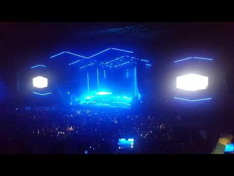 The Prodigy No Tourist Tour 2018 - Intro / Breathe Mp3