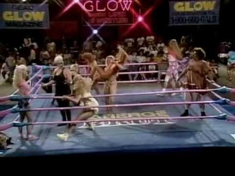 GLOW Wrestling 21 girl battle royale (Season 4)