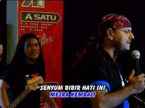 Yus Yunus - Terang Kembali (Official Music Video)