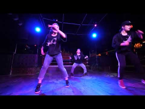 Akutama+SaUrI+Aiko HOT PANTS vol.45 DANCE SHOWCASE