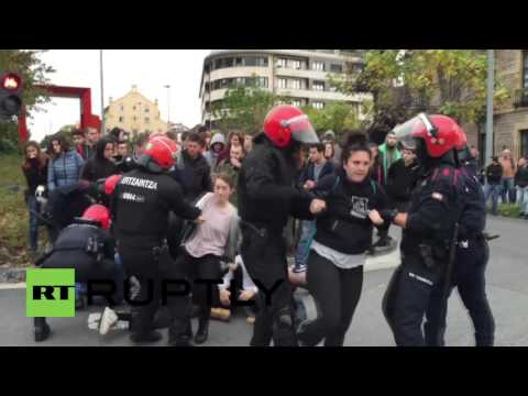 Spain: Two arrested after police evict squatters to make way for cultural hub demolition