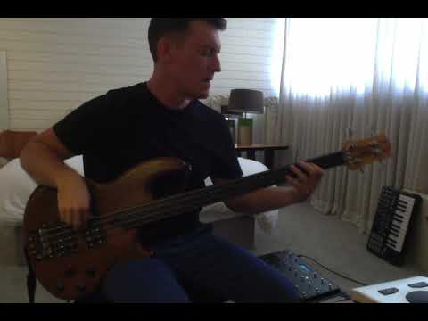 Rush - YYZ - bass cover - Kristian from El Ten Eleven