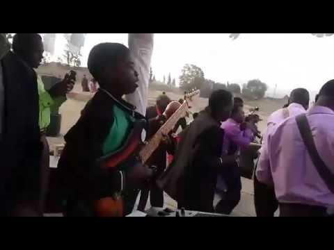 MKUTANO WA INJILI UWATA MBEYA-Kwaya ya Makambako