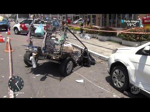 Motorista de ônibus atropela e mata catador de recicláveis em SP | SBT Notícias (05/12/17)