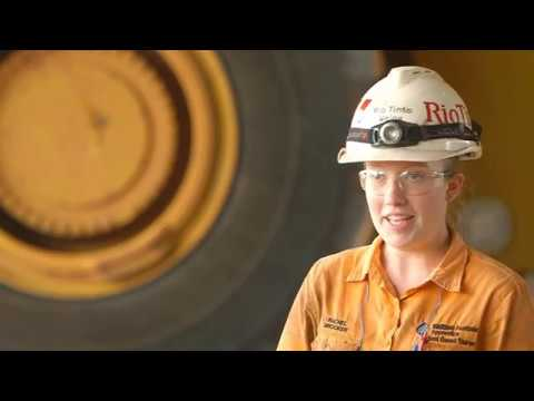 Starting a career at Rio Tinto Weipa through a school-based traineeship