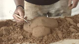 How to build a sand sculpture (Beginners Demonstration)