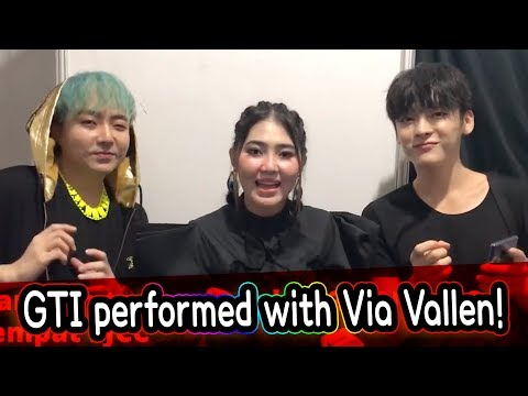 How Korean boy band performed with Via VALLEN!