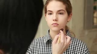 Брови — видео-урок от Vivienne Sabo