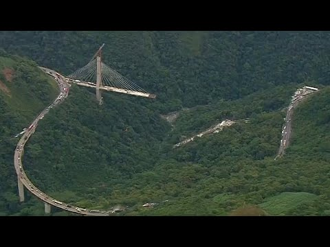 Dez mortos em queda de ponte a sul de Bogotá