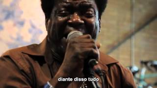 Charles Bradley   The World Is Going Up in Flames Live on KEXP. legendado Pt-Br_by pillar