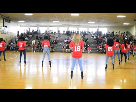 FHHS Winter Pep Rally - Iconic Models (02-19-2016)