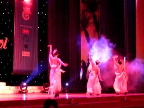 Múa Hoa biển - Vũ điệu FPT 2010