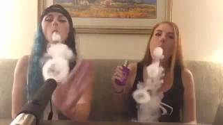 Vape Tricks Girls Amazing (10)