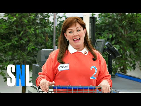 Melissa McCarthy Lost Her Sh*t During a 'Supermarket Sweep' Spoof on SNL