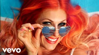 Repeat youtube video Bonnie McKee - American Girl