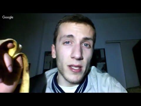 Vegan Youtube Hangout: Ο ασβός vs μπανάνες.Μέχρι στιγμής μόνο φρούτα, και δεν είναι τόσο άσχημα.🍌🍌