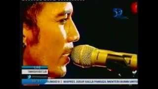 BOOMERANG - Tetap Berdiri  & Embun Pagi (Taman Buaya Beat Club - TVRI) 3/5