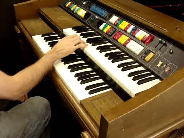 Lowrey Magic Genie Organ T G 4 4 1 Genie 98