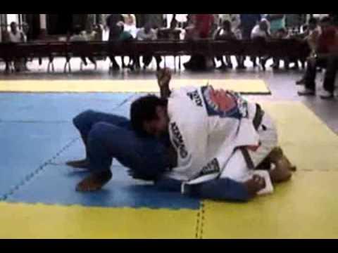 Bernardo Faria Highlight - Brazilian Jiu-Jitsu 2011