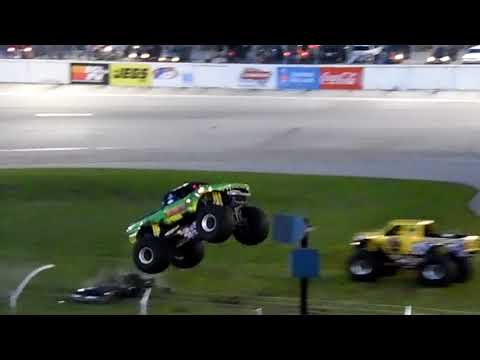 Tailgator and Big Dawg Dual Freestyle at Lebanon I-44 Speedway