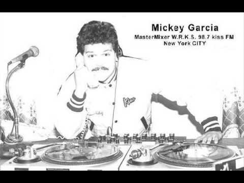 WRKS 98.7 Kiss FM Mastermix - DJ Mickey Garcia's 1st KISS FM SHOW Aired 12/18/1982