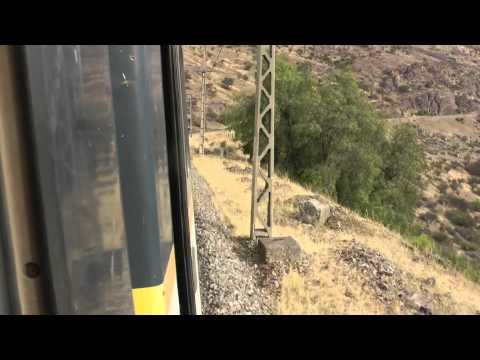 Tren en pruebas subiendo la cuesta El Tabón
