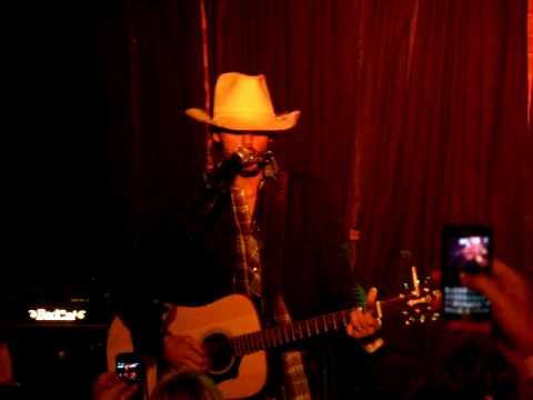 Ryan Bingham & The Dead Horses - The Poet Writes His Song In Blood