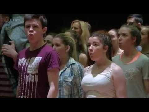 Les Míserables (SE), Grand Opera House, Belfast (UTV Live report, 12.08.2016)