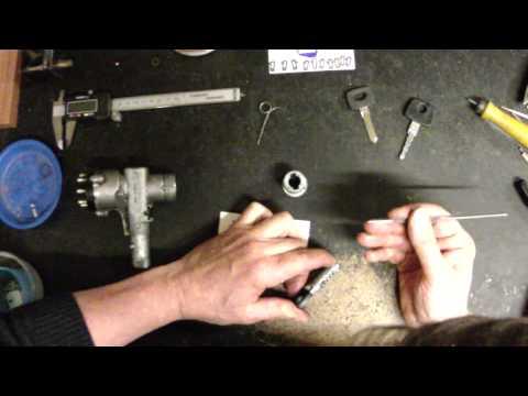Урок # 131. Ремонт замка зажигания Mercedes-Benz Gelandewagen