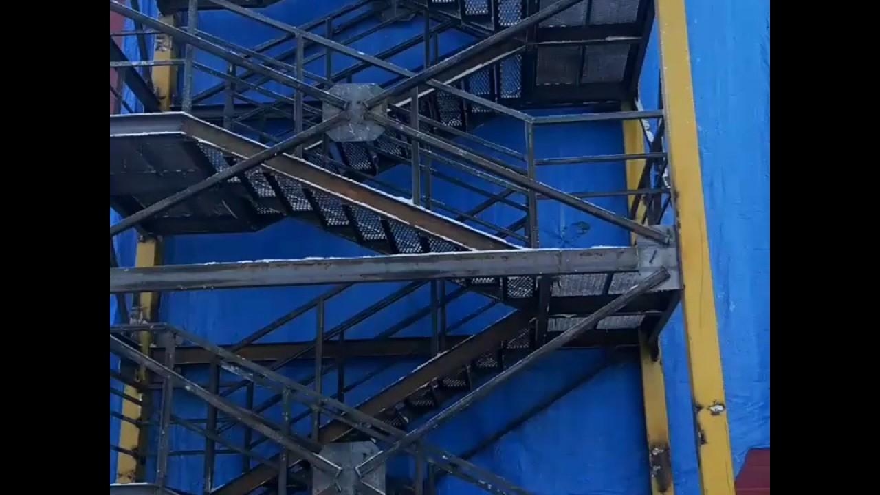 фото пожарные лестницы