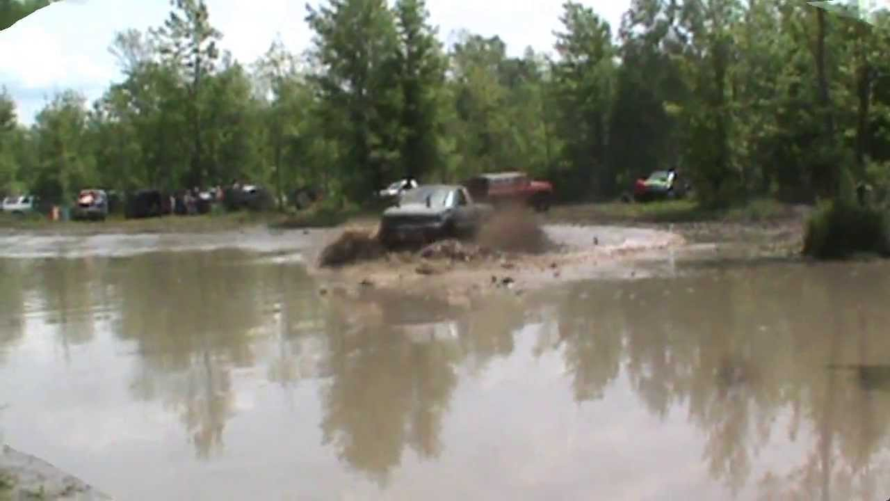 Trucks R Us >> 572 Big Block Chevy Mega Mud Truck Friday 4x4 - YouTube