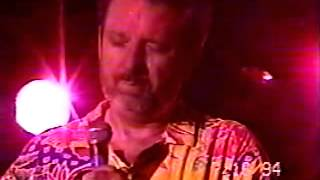 A great rare video of the country rock pioneer live in concert. Tha...