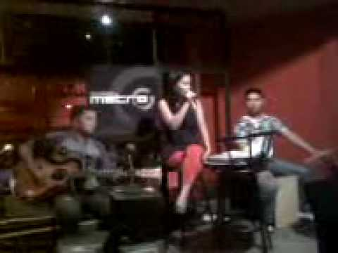 cool with you - joyce del prado with driveway band