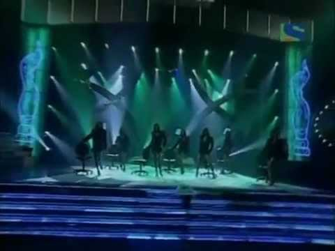 Hrithik Roshan's one of the Best Performance - Filmfare Awards 2006 (HQ )