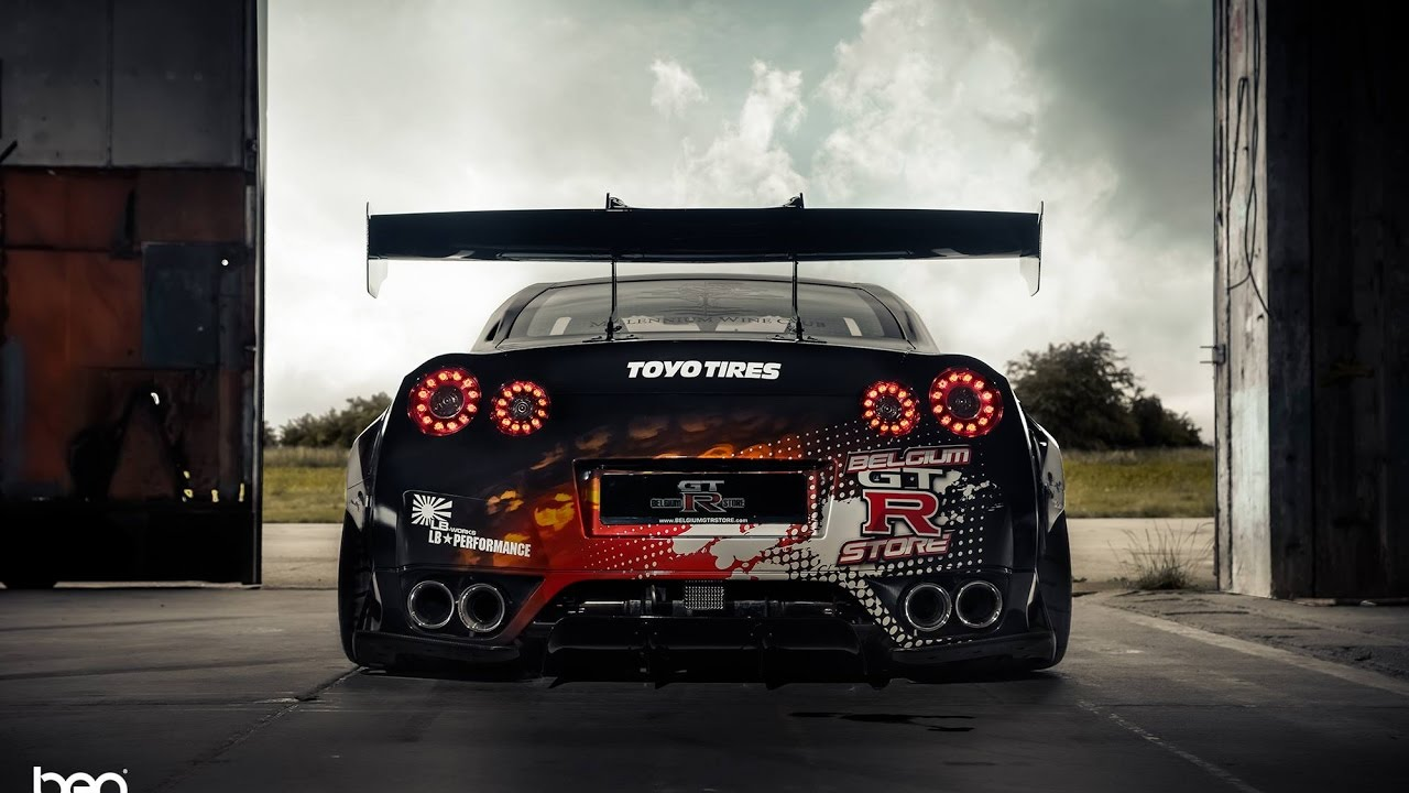 Godzilla Wallpaper Hd 1920x1080 Nissan Gt R The Fastest Serial Japanese Sportcar Gtr